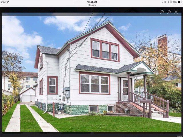 6 BR,  2.00 BTH  2 story style home in Lynbrook