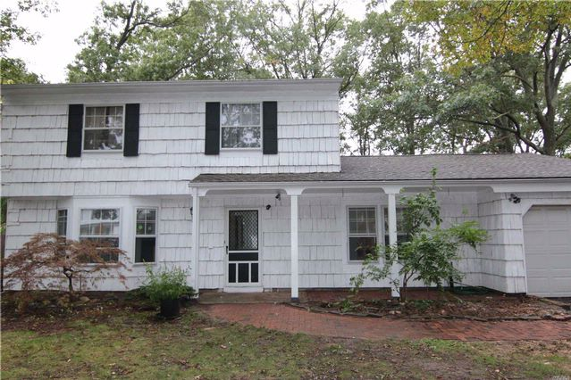 3 BR,  1.50 BTH  Colonial style home in Port Jefferson Station