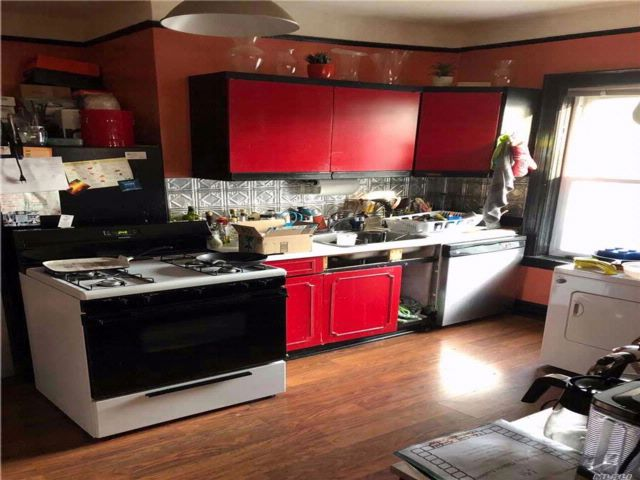 4 BR,  2.00 BTH Other style home in Ozone Park
