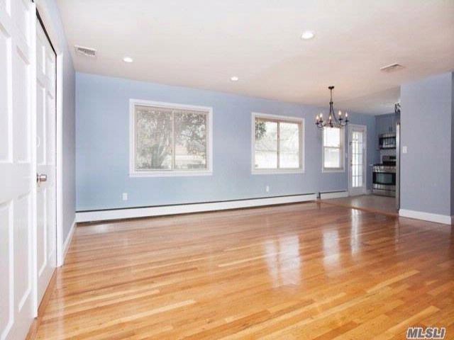 3 BR,  2.50 BTH Ranch style home in Baldwin