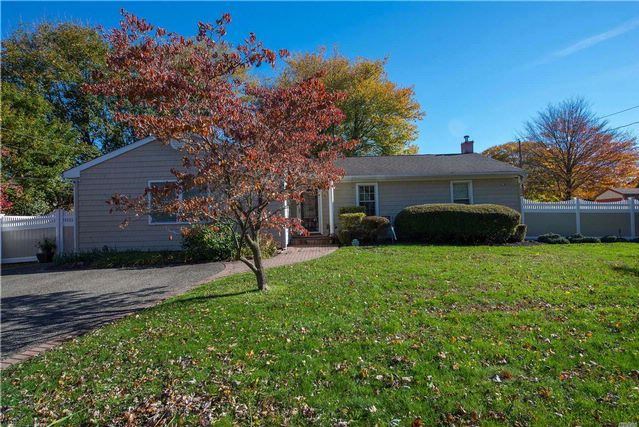 4 BR,  3.00 BTH  Ranch style home in South Setauket