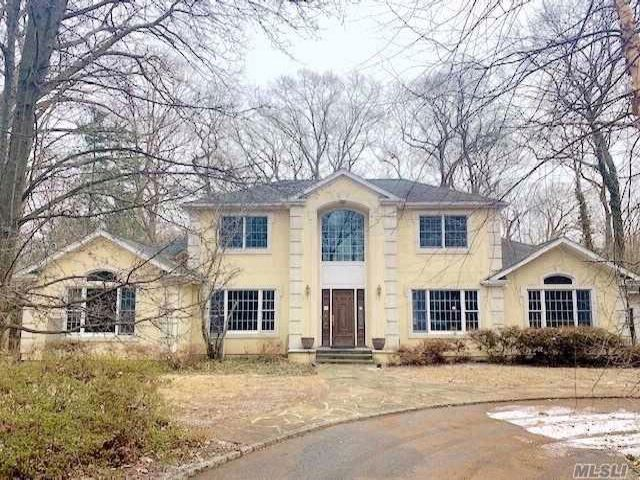 5 BR,  3.50 BTH Post modern style home in Cold Spring Harbor