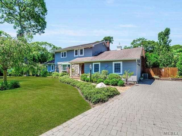 5 BR,  3.50 BTH Colonial style home in Center Moriches