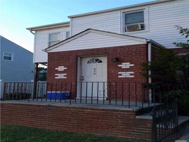 3 BR,  1.50 BTH Colonial style home in Elmont