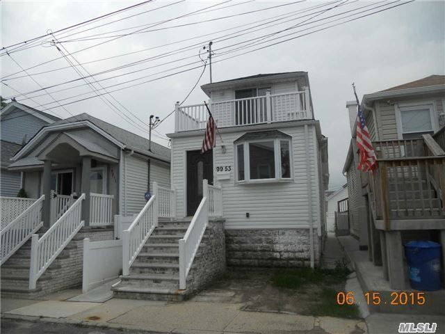3 BR,  2.00 BTH  Colonial style home in Howard Beach