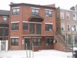 7 BR,  3.00 BTH  Colonial style home in Bedford Stuyvesant