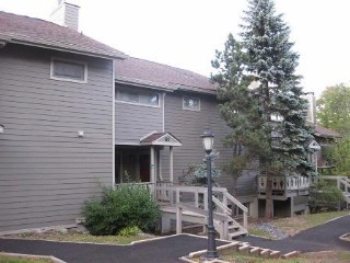 4 BR,  4.50 BTH Townhouse style home in Hunter