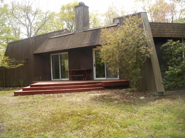 4 BR,  2.00 BTH Architectural style home in SHELTER ISLAND