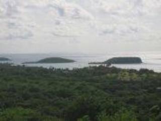 Lot <b>Size:</b> 10.9415 cuerdas &nbsp;Land style home in Vieques