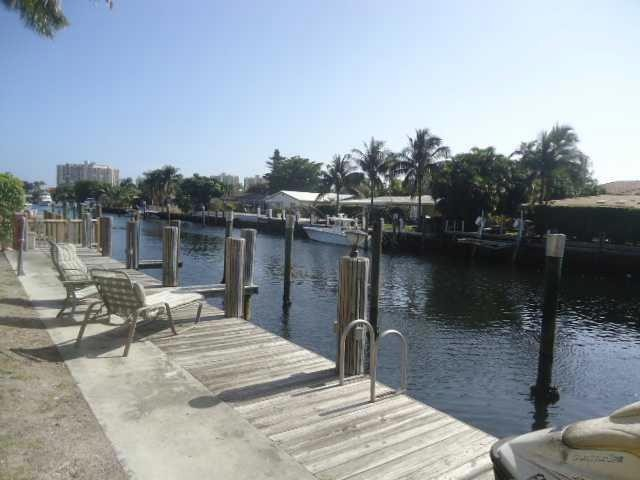 3 BR,  3.00 BTH Condo style home in Fort Lauderdale