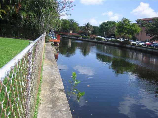 3 BR,  2.00 BTH  Traditional style home in Wilton Manors