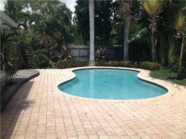 3 BR,  2.00 BTH   style home in Wilton Manors