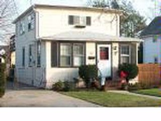 3 BR,  2.00 BTH   style home in ROCKVILLE CENTRE