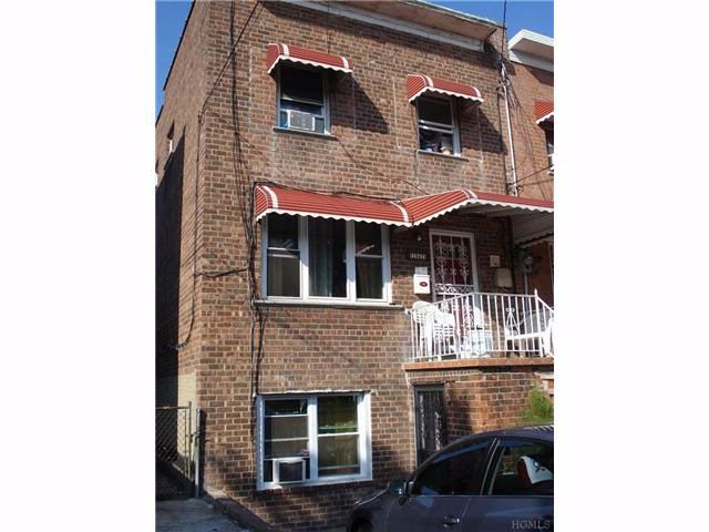 3 BR,  2.50 BTH Other/see remar style home in Esplanade