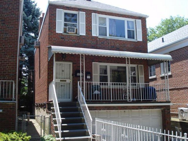Studio,  0.00 BTH A frame style home in Bronx