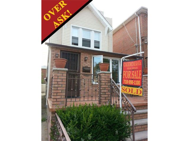 3 BR,  2.00 BTH  2 story style home in SHEEPSHEAD BAY