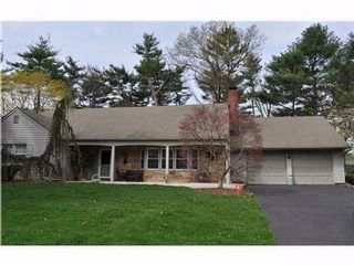 5 BR,  3.00 BTH   style home in Somerset