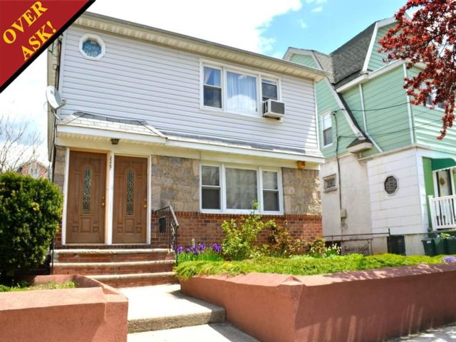 7 BR,  3.55 BTH   style home in SHEEPSHEAD BAY
