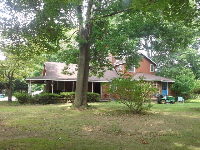 3 BR,  2.00 BTH  Cottage style home in SHELTER ISLAND