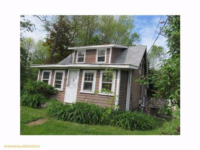 2 BR,  1.00 BTH Cape style home in Belfast