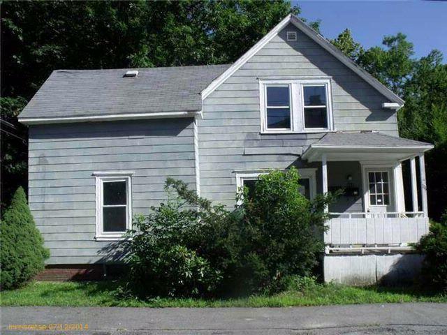 4 BR,  2.00 BTH  style home in Auburn