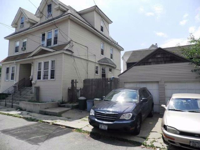 5 BR,  2.00 BTH   style home in ARVERNE