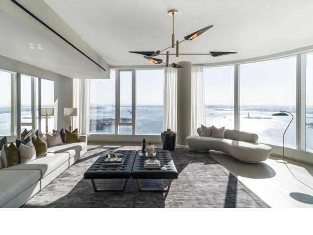 4 BR,  4.00 BTH Condo style home in New York