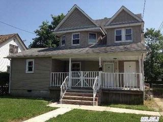 5 BR,  2.00 BTH Duplex style home in Roosevelt