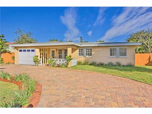 3 BR,  2.00 BTH Architectural style home in Wilton Manors