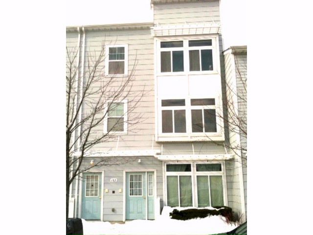 5 BR,  3.50 BTH  Duplex style home in Arverne By The Sea