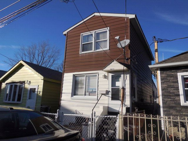 2 BR,  1.00 BTH  Colonial style home in Howard Beach