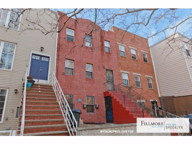 6 BR,  4.50 BTH  House style home in Bedford Stuyvesant
