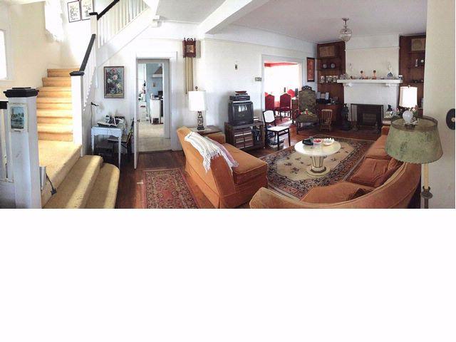6 BR,  4.00 BTH Victorian style home in Rockaway Park