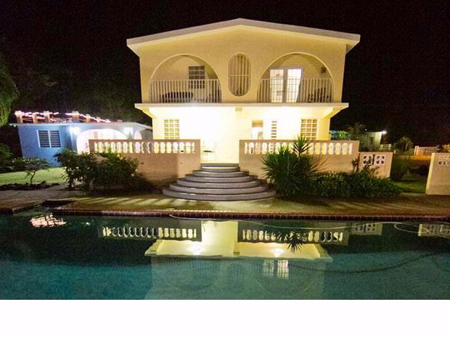 6 BR,  4.50 BTH   style home in Vieques