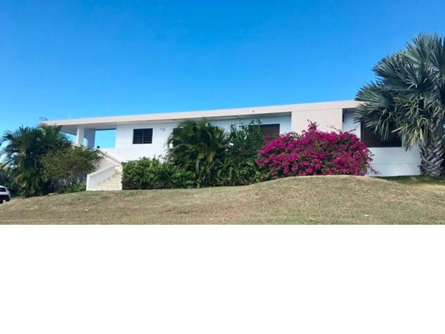 3 BR,  2.50 BTH   style home in Vieques