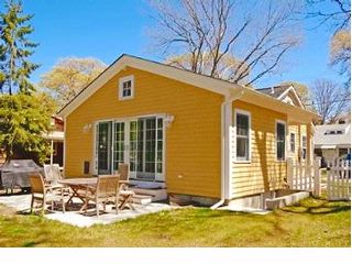3 BR,  2.00 BTH  Cottage style home in Sag Harbor