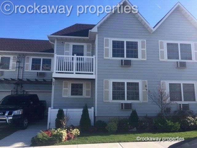 2 BR,  1.00 BTH  Condo style home in Arverne