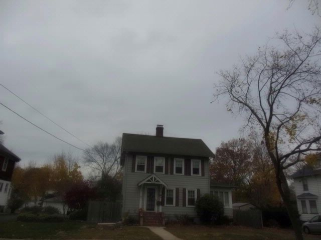 3 BR,  1.00 BTH Colonial style home in Dunellen