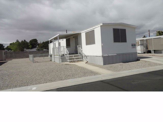 2 BR,  1.00 BTH  Mobile home style home in Las Vegas