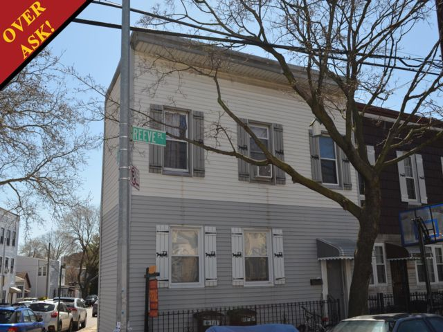 4 BR,  2.00 BTH   style home in Windsor Terrace
