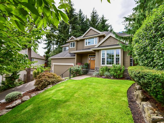 5 BR,  2.50 BTH  Traditional style home in Beaverton