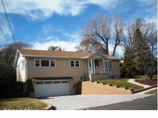 3 BR,  1.50 BTH Raised ranch style home in Atlantic Highlands