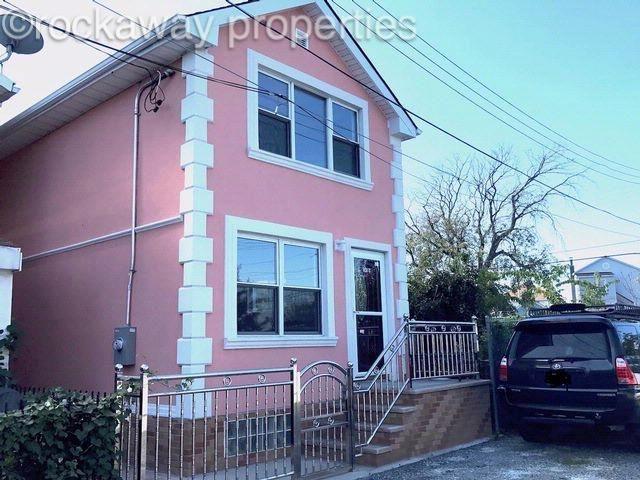 2 BR,  1.50 BTH  style home in Rockaway Beach