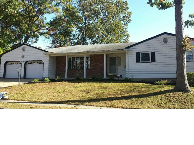 4 BR,  2.50 BTH  Ranch style home in Spotswood