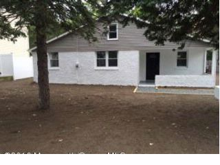 3 BR,  1.00 BTH  Ranch style home in Brick