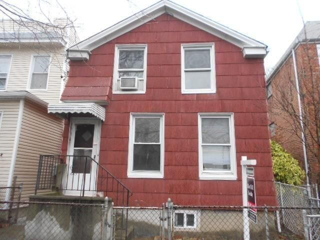 3 BR,  1.00 BTH  Colonial style home in Maspeth