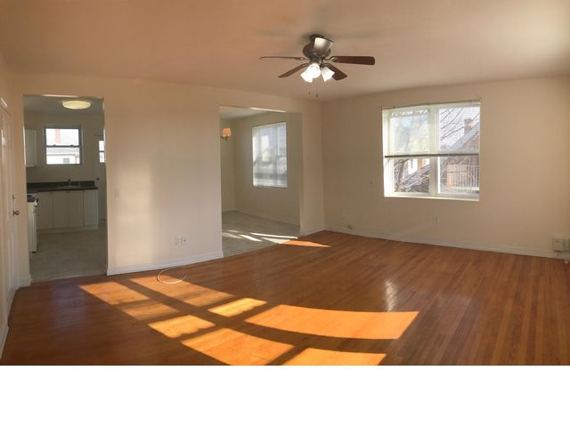2 BR,  2.00 BTH   style home in Belle Harbor