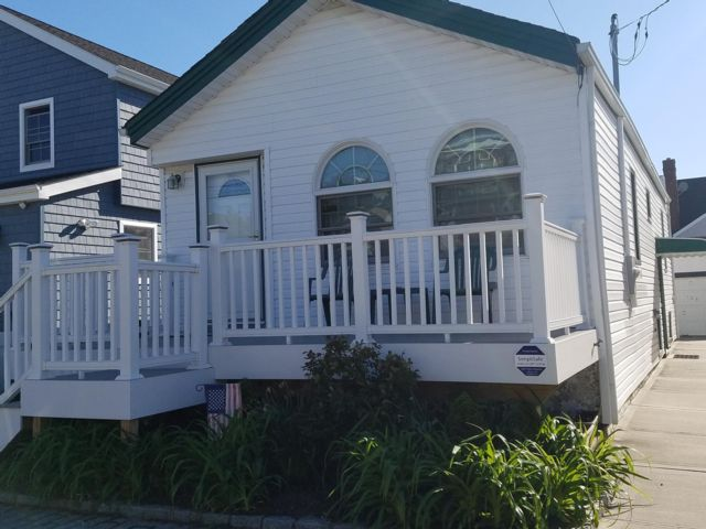 2 BR,  1.00 BTH  Bungalow style home in Belle Harbor