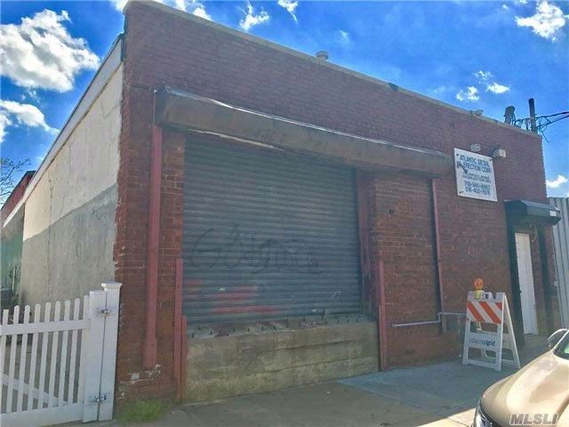 Studio,  0.00 BTH  Mixed use style home in Arverne