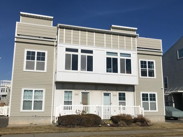 5 BR,  4.00 BTH   style home in Arverne By The Sea